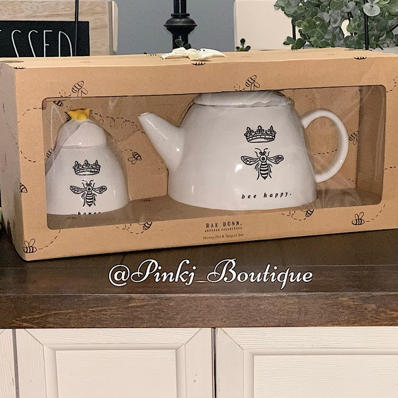 💗🐝RAE DUNN QUEEN {BEE HAPPY} Tea Pot Honey Set!
